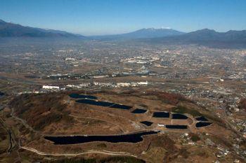 新米倉山太陽光発電所(山梨県)